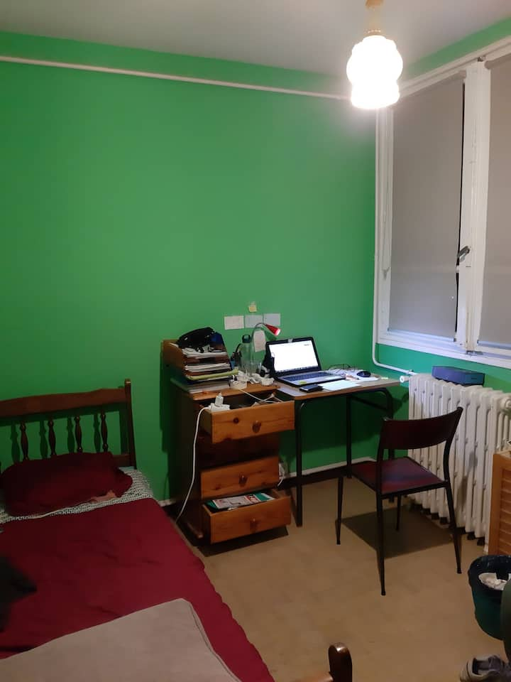 Warm bedroom / chambre Toulouse
