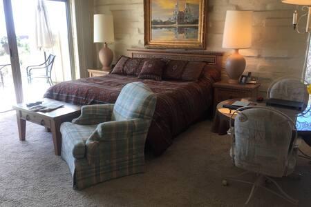 Luxury Studio in the Catalina Foothills