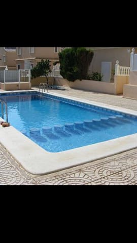 3 bedroom penthouse with amazing sea views/ pool - Alacant - Pis