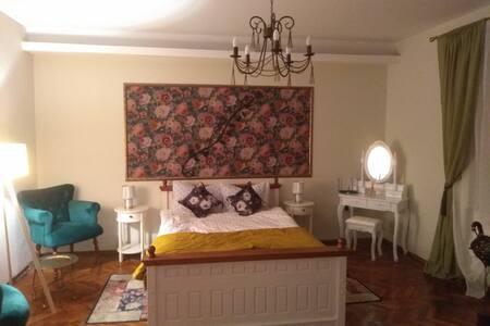 Hanna's Place un loc aproape de inima Sibiului!