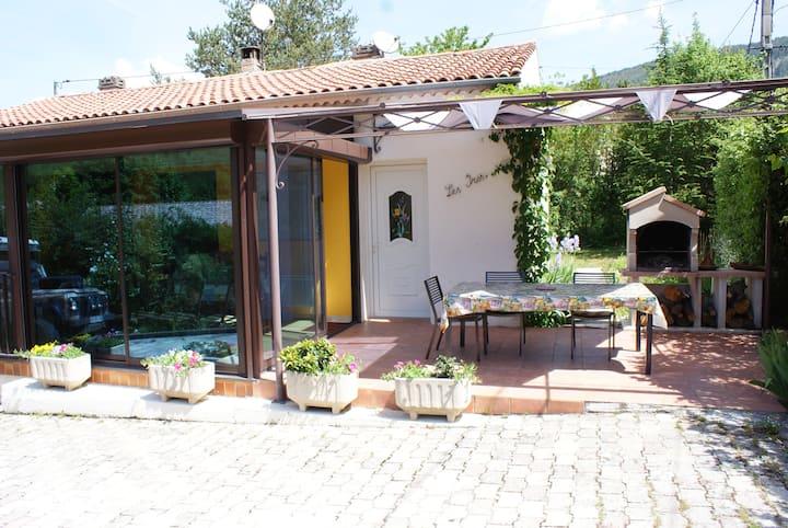 Villa IRIS Castellane