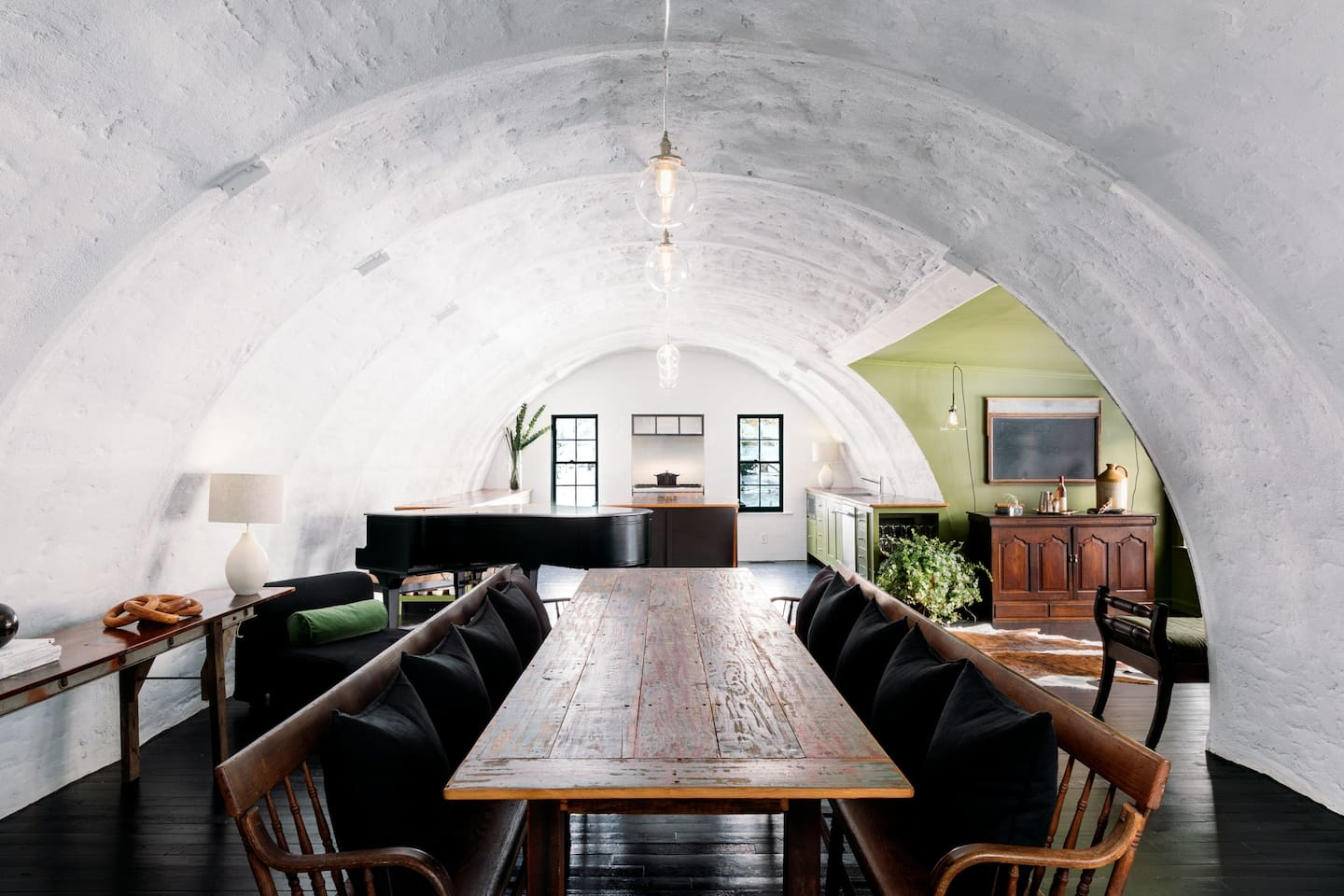 Have your stay be an experience in our unique 1900's Quonset Hut 1 mile to the beach