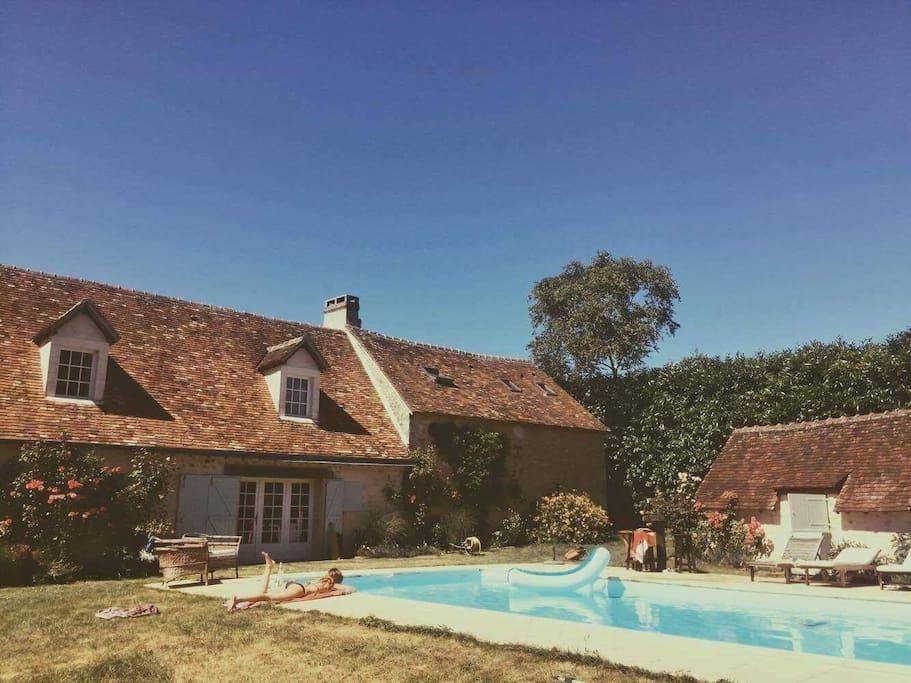 Grande maison de famille pour 14 personnes houses for rent in bell me normandy france for Cuisine grande famille limoges