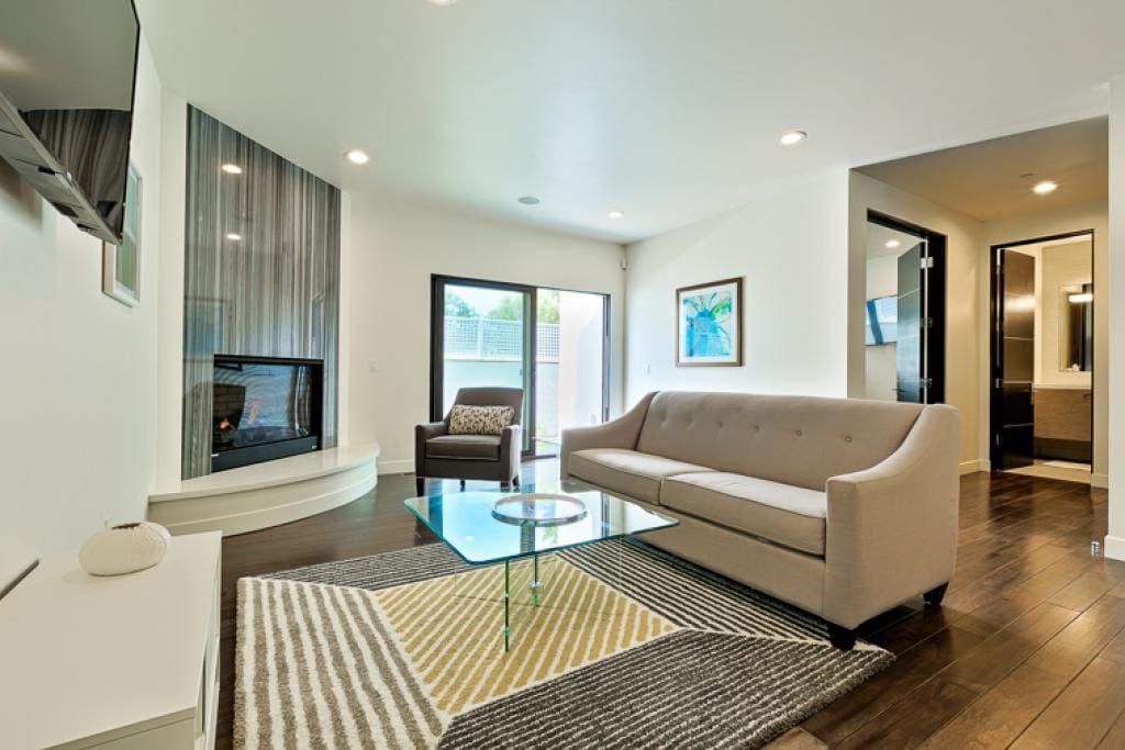 Beautiful Home Next To La Jolla Beach Drapper Houses For Rent In La Jolla California