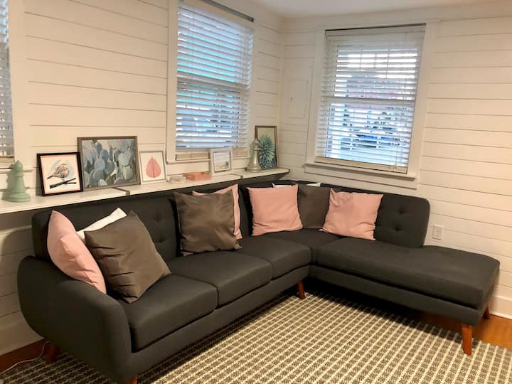 Private Bedroom Downtown with off street parking