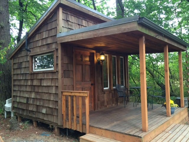 Our TINY HOUSE in the Forest - Lynden - Cabaña
