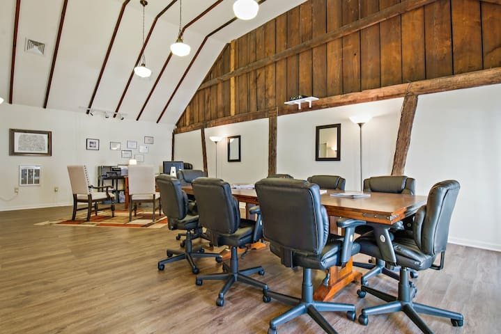 Upscale conference room in Lebanon