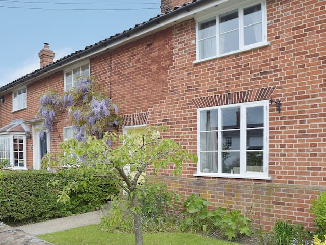 Thimble Cottage (25019)