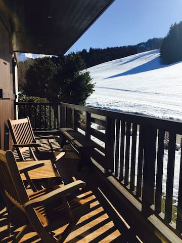 2 bedroom flat on the slopes with sunny terrace - Megève - Apartamento