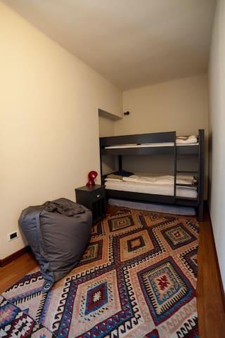 La camera con il letti a castello
