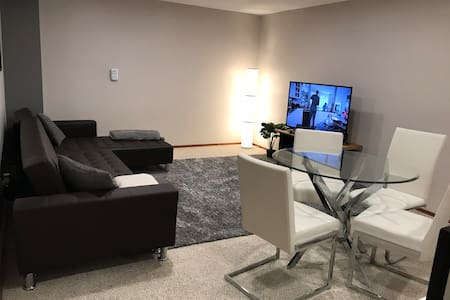 2 Bedroom Basement Apartment near St Vital park