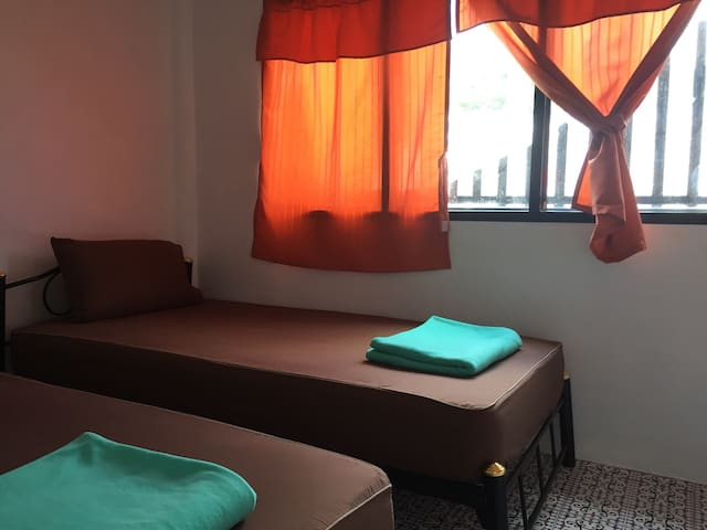 Private Dormitory Room Haad Rin Beach (Haad Rin) - Hostel