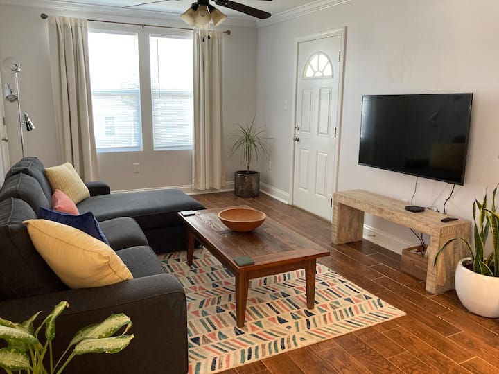 The GROVE *Monthly Discounts* 2 Bedroom (LUX)