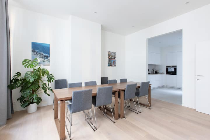 ***** 4-bedrooms Triplex, Lux in Bxl, Offers 4 U *