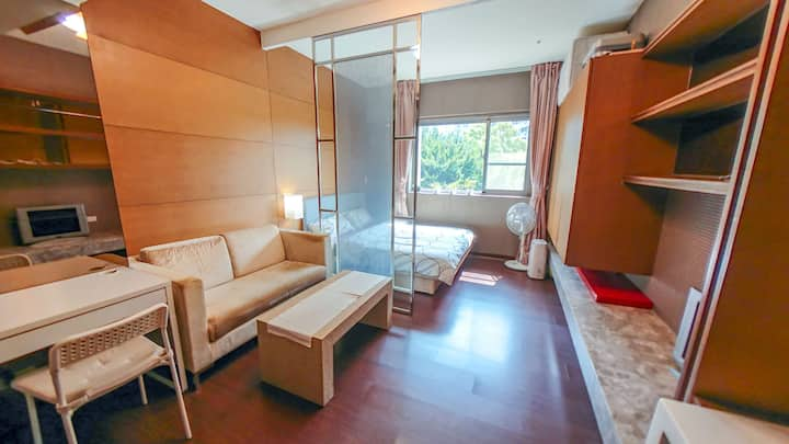 Lovely apartment right at MRT Guting! (NTNU/NTU)