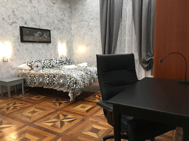 Cozy Apartment with Air Conditioned in City Centre