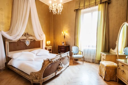 Belle Epoque Historic Double Room - Lugano