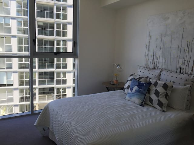 #Hot spot BNE#!NEWSTEAD 1.5km to CBD Brand NEW - Newstead - Apartmen