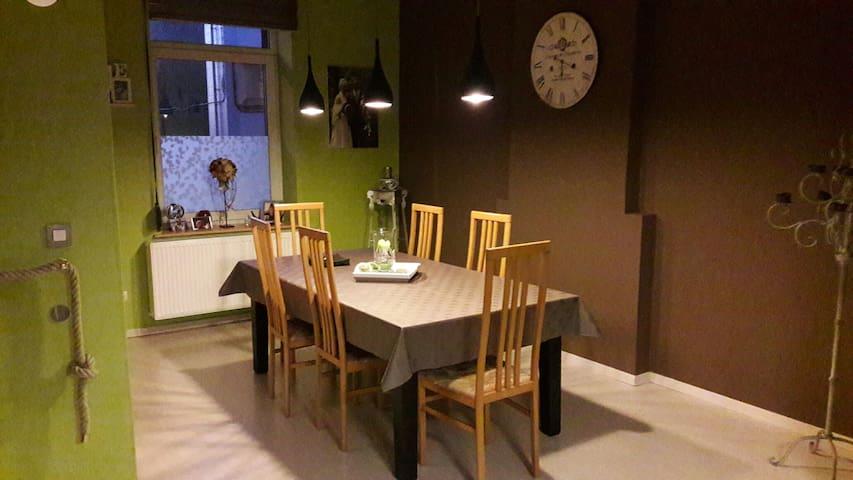 Chambre dans une jolie demeure rénovée 1 - Anderlues