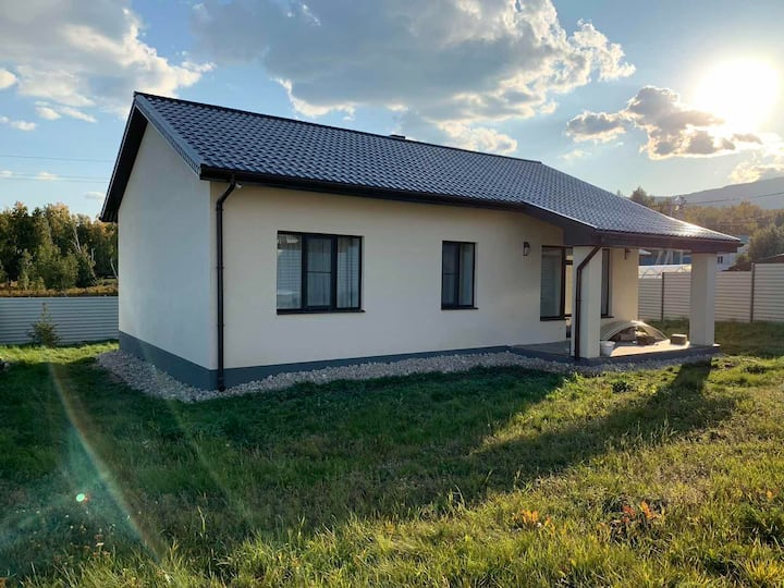 Уютный дом на Банном/Nice house near Ski-center