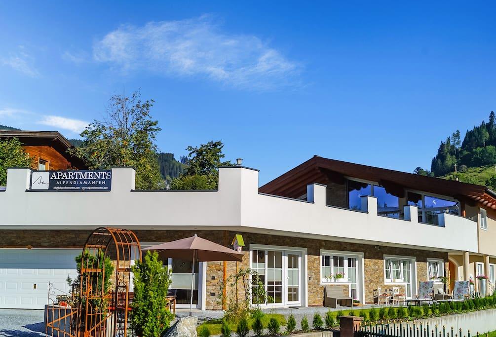 die sonnenseite vom salzburger land ski amade 39 wohnungen zur miete in boden salzburg. Black Bedroom Furniture Sets. Home Design Ideas