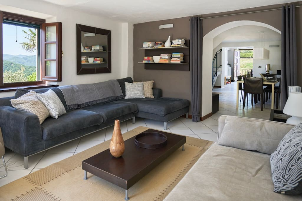 Multiple connected spaces—perfect for large family groups