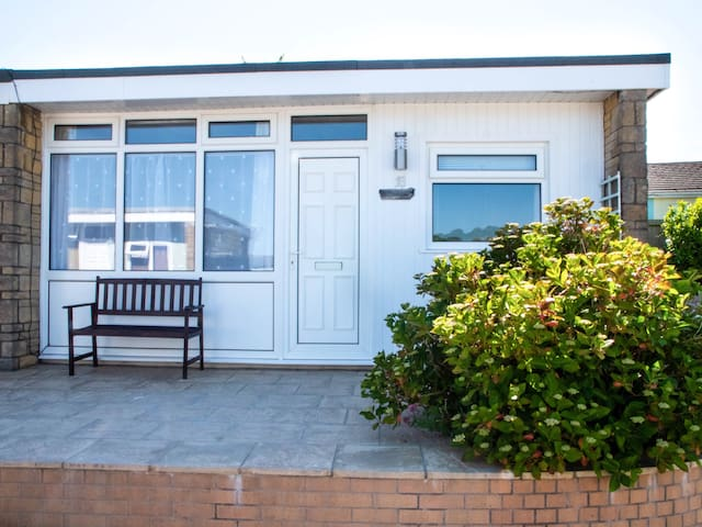 2 bedroomed Driftwood Chalet close to the beach.