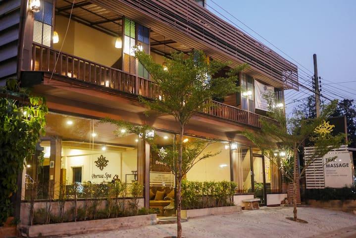 Porwa House - Chiang Mai - Casa de huéspedes
