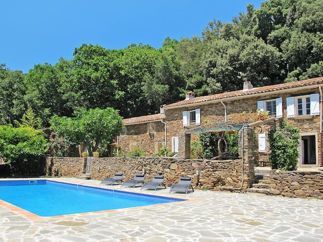 Holiday home in La Garde-Freinet for 6 persons - ラ・ガルド =フレネ - 一軒家