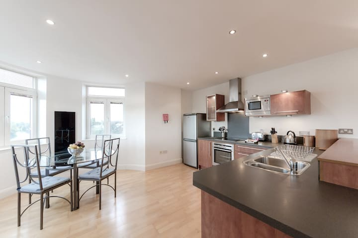 Thames Edge - Staines-upon-Thames - Daire