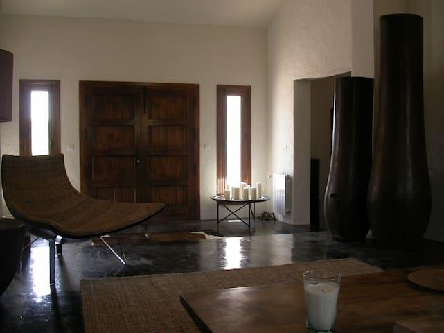 Romantic Hideaway with Pool, WiFi &  Fire Place - Villanueva de la Concepcion - Haus