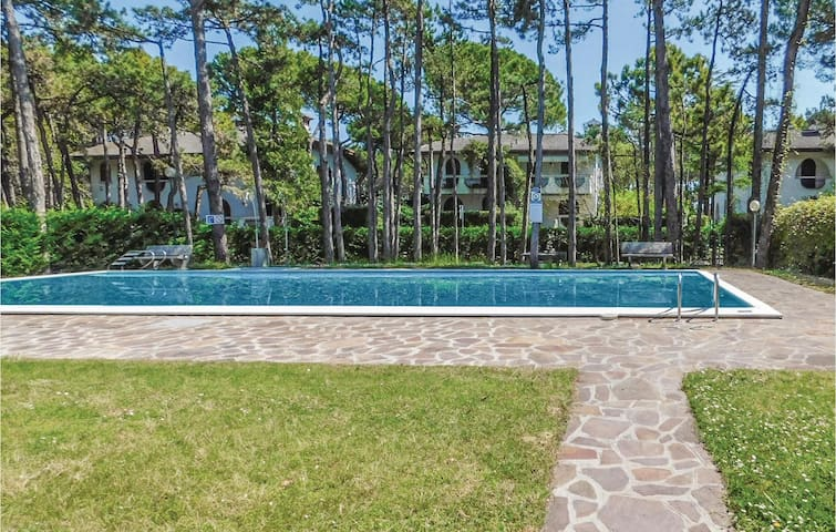 Holiday apartment with 3 bedrooms on 96m² in Lignano Sabbiadoro-UD-