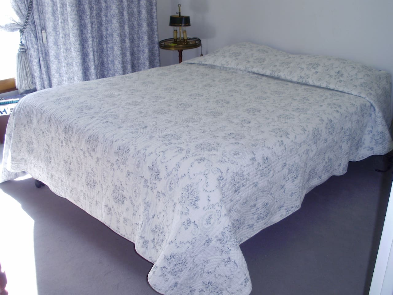 chambre ,plus terrasse,environnement  calme, verdoyant,