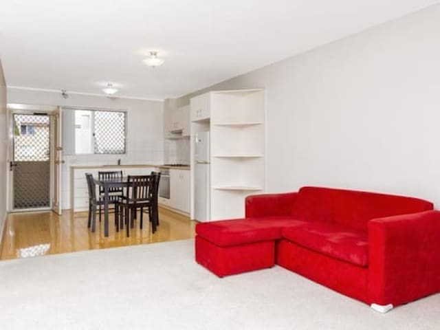 Manning tarrace, one bedroom - South Perth - Apartment