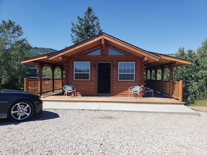 Pine Creek Cabin is a new addition to our cabins!
