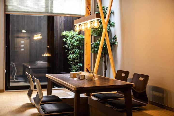 临近难波.双线地铁直达大阪站.梅田|花园町站8分钟|私家庭院|下沉式和风客厅|现代日式全新独栋一户建