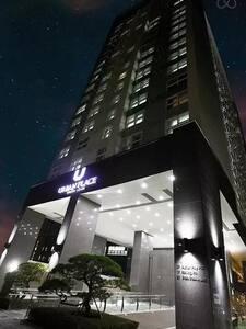 Urbanplace Hotel Gangnam () - Condominium