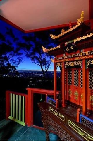 墨尔本丹顿农山脉小皇宫-墨尔本唯一中国皇家宫廷建筑