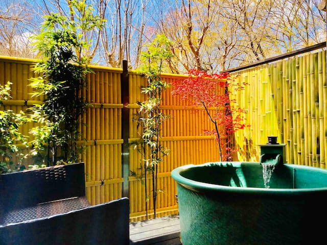 【luxury】Private Villa & Spa 露天風呂付き天然温泉/手指消毒液とマスク用意