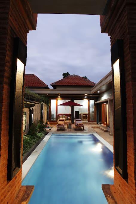 villa luung night