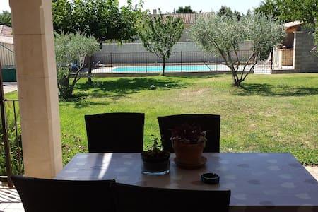 Maison avec jardin, piscine et pool house - Le Pontet - Maison