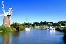 The Broads and a boat hire place is 7 miles from Swafield Hall