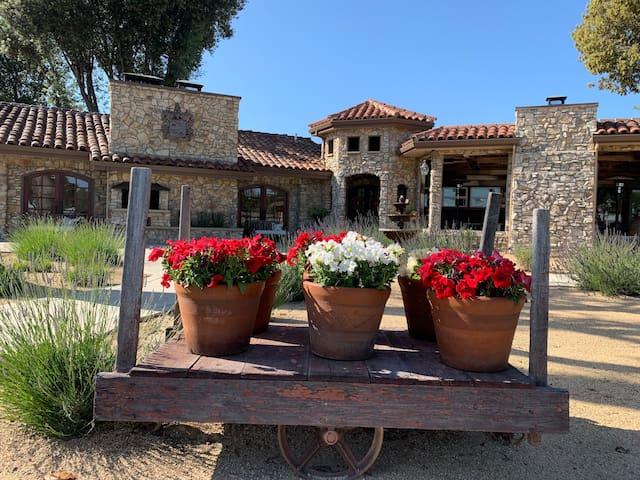 """""""La Casita"""" @ CasaV between Monterey & Santa Cruz"""