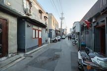 前门 大栅栏 胡同里的独立房源 住一次胡同做一次地道的北京人