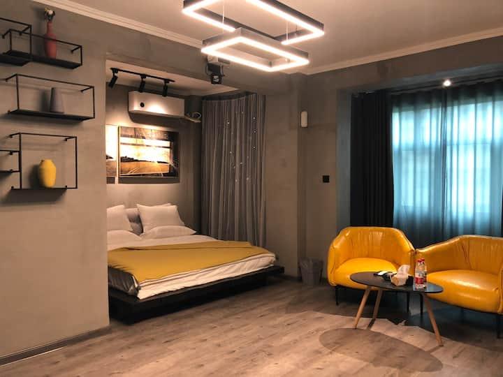 兰州西站 西客站【久栖】精选公寓 高级灰大床房