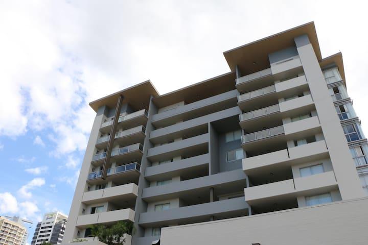 Spacious Studio Apartments Brisbane - Spring Hill - Appartement