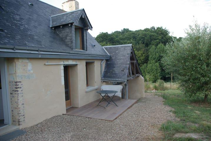 La maison de Vauperroux - Chahaignes - Hus