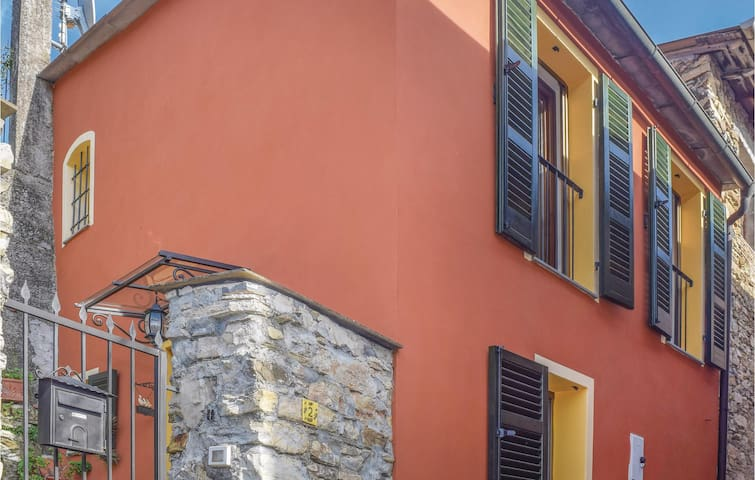 Holiday apartment with 1 bedroom on 55 m² in Pontedassio -IM-