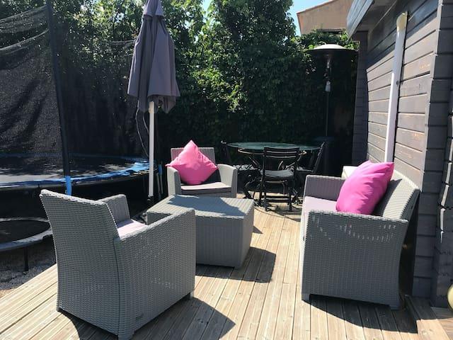 Studio indépendant 20m2 climatisé, piscine