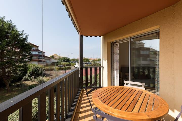 Joli appart - Terrasse ensoleillée - Plages à 200m